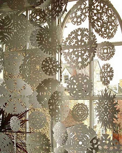 DIY Paper Medallions Miniaturized & DIY Paper Snowflakes Here To Beautify Your Holidays [Detailed Guide] homesthetics (4)