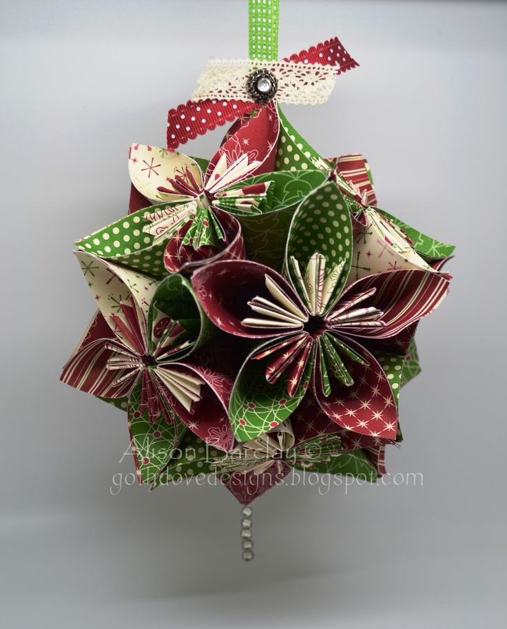 decorate your christmas tree with beautiful diy paper ornaments - Handmade Paper Christmas Decorations