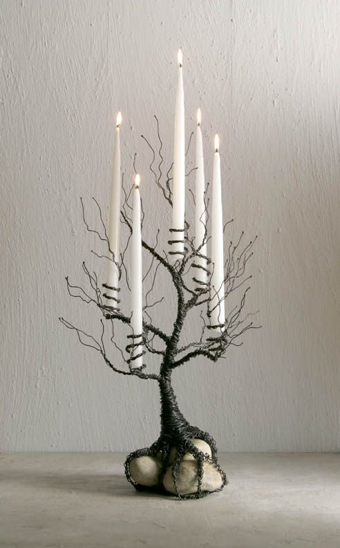Get In The Christmas Spirit With These Magical DIY Candle Holders Projects-homesthetics (19)