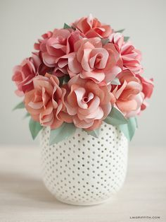 Ingenious Methods of Creating Insanely Beautiful DIY Paper Roses and Transform Your Decor homesthetics (5)