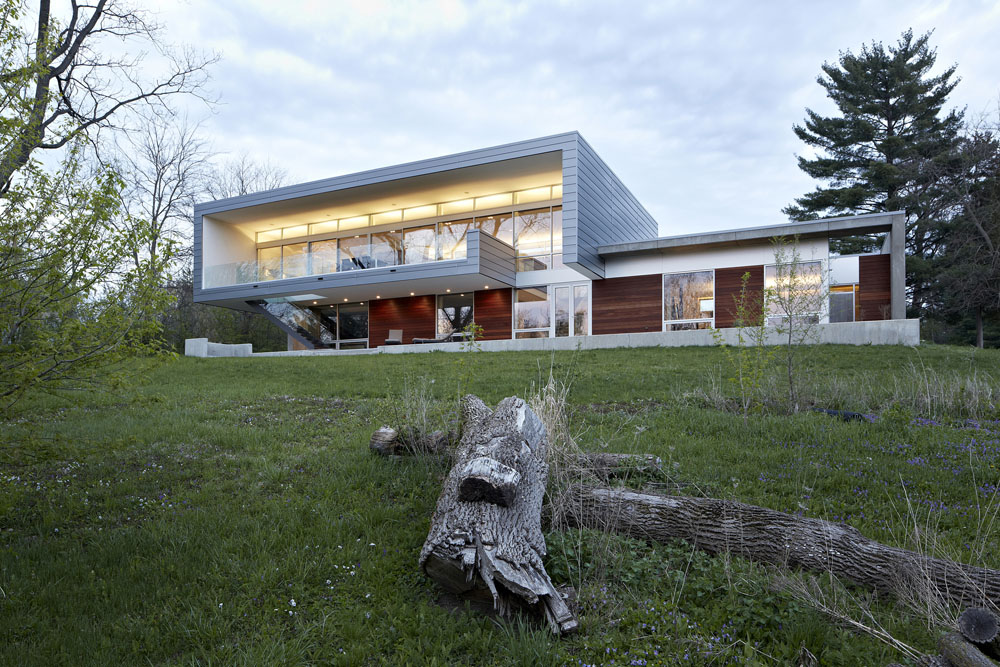 Simplicity Expressed in Riverview Home Enhanced by Natural Panoramas  homesthetics magazine (1)