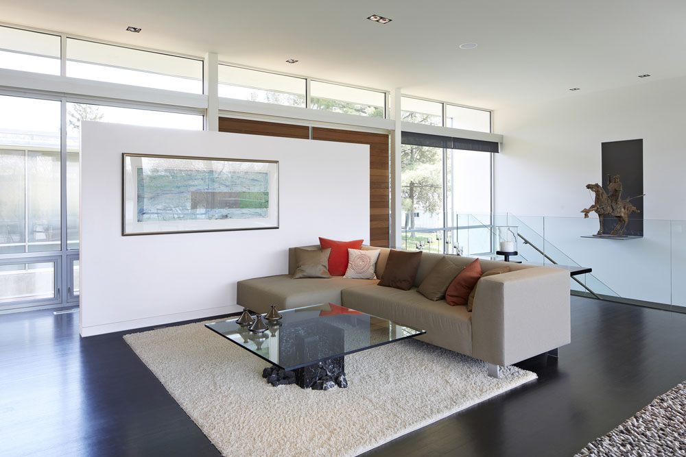 Simplicity Expressed in Riverview Home Enhanced by Natural Panoramas  homesthetics magazine (7)