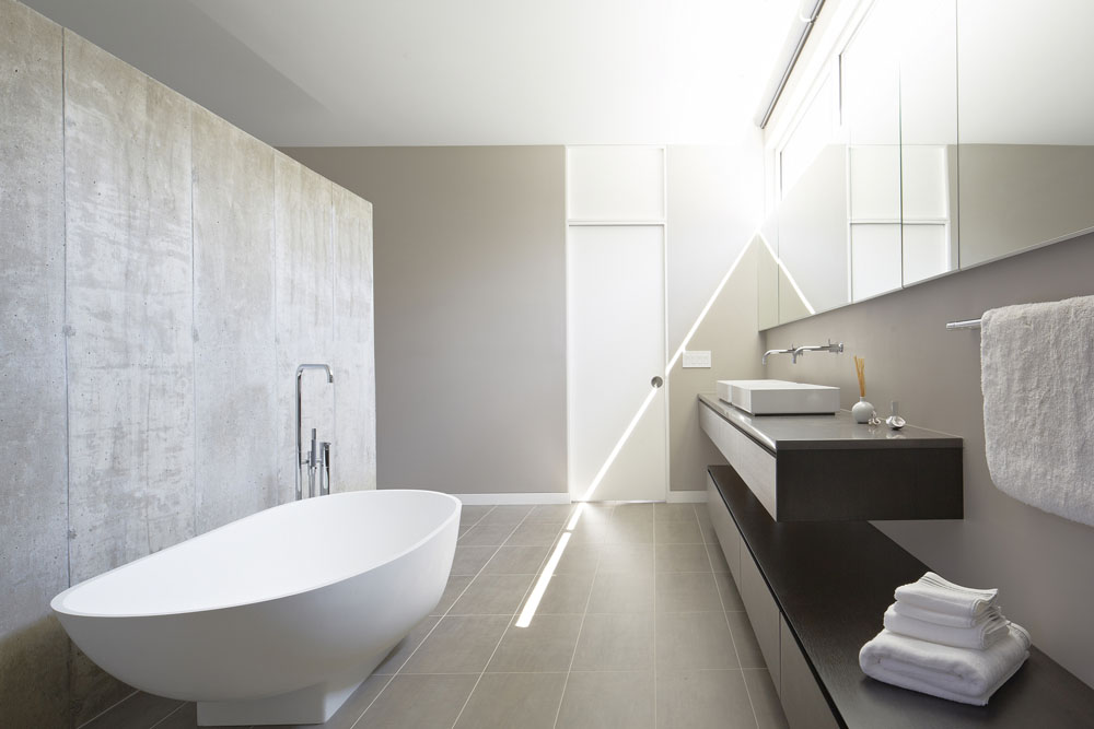 Simplicity Expressed in Riverview Home Enhanced by Natural Panoramas  homesthetics magazine (9)