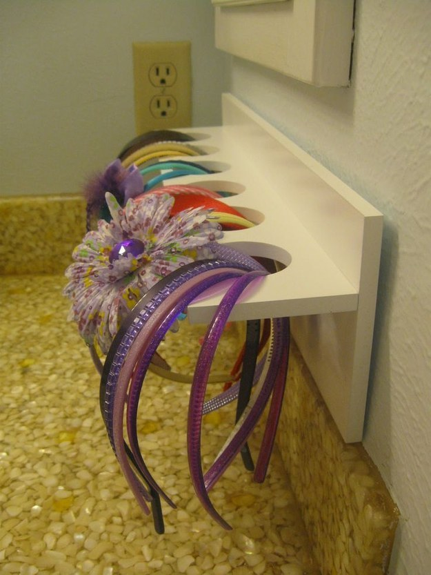 Keep Your Daughteru0027s Hair Accessories Well Organized In Her Bathroom. Smart  Storage ...