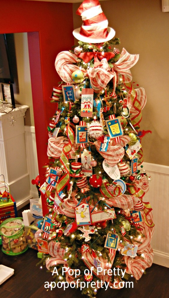 The Most Colorful And Sweet Christmas Trees And Decorations You Have Ever Seen-homesthetics (15)