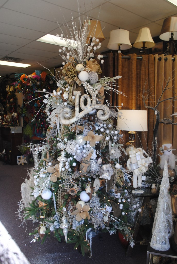 The Most Colorful And Sweet Christmas Trees And Decorations You Have Ever Seen-homesthetics (16)