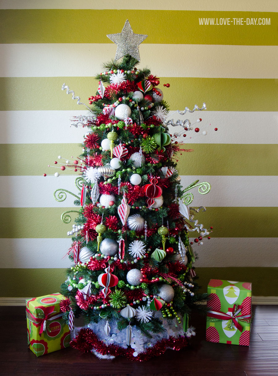 The Most Colorful And Sweet Christmas Trees And Decorations You Have Ever Seen-homesthetics (24)