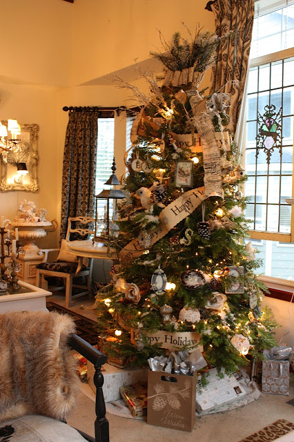 The Most Colorful And Sweet Christmas Trees And Decorations You Have Ever Seen-homesthetics (25)