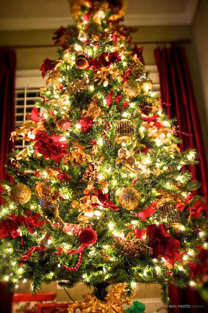The Most Colorful And Sweet Christmas Trees And Decorations You Have Ever Seen-homesthetics (27)