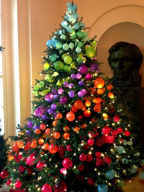 The Most Colorful And Sweet Christmas Trees And Decorations You Have Ever Seen-homesthetics (3)
