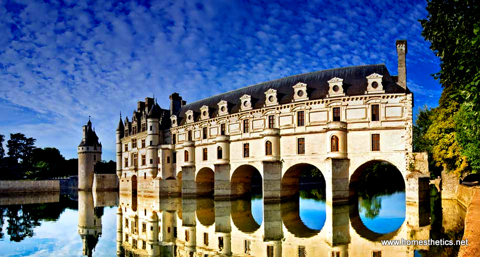 Visit the top 10 french palaces and castles now and you for Castles to stay in france