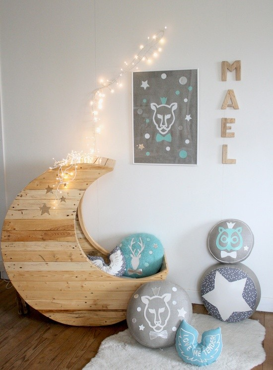 Extremely Graphic Lunar Shaped Baby Bed