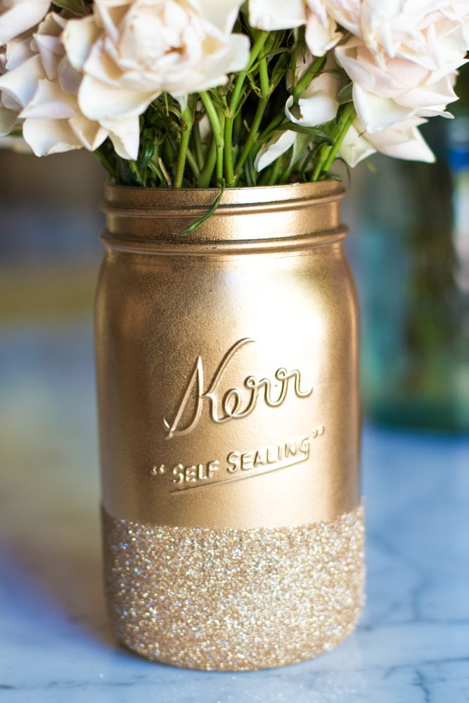 30+ Exceptionally Shiny DIY Glitter Project Ideas For The New Years Eve Party ! homesthetics decor (14)
