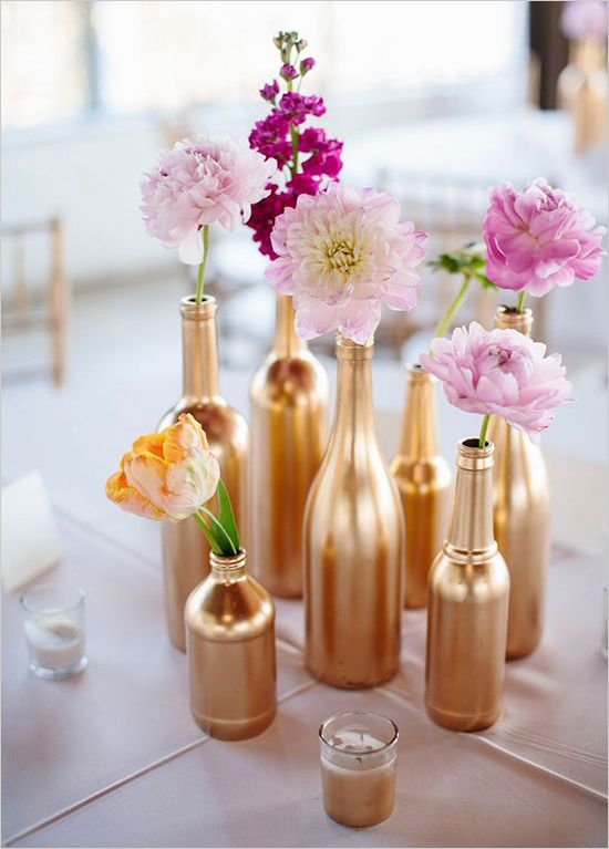 31 Beautiful Wine Bottles Centerpieces For Any Table-hometshetics (13)