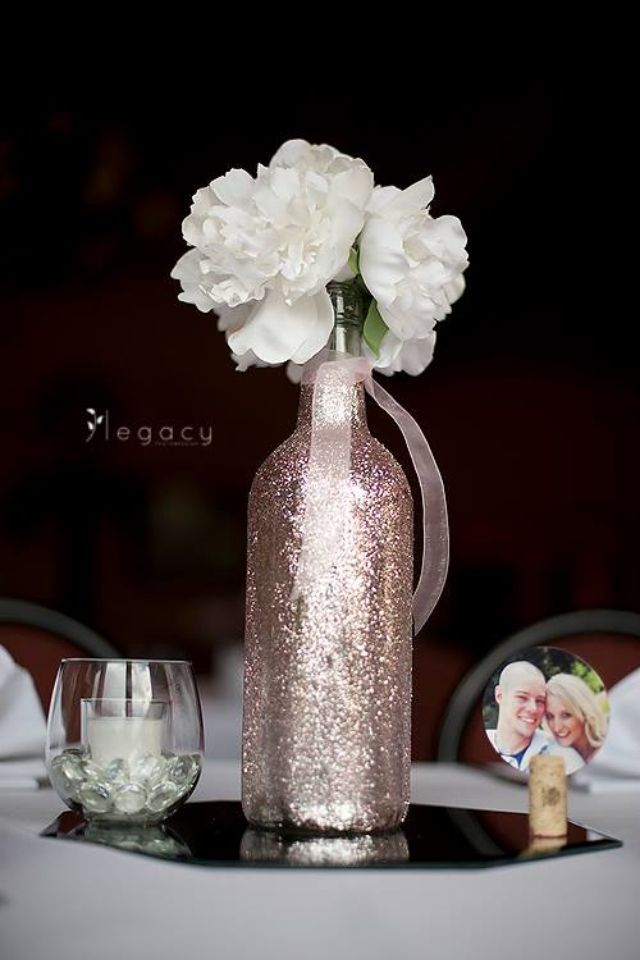 31 Beautiful Wine Bottles Centerpieces For Any Table Hometshetics 2