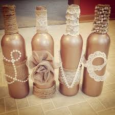 31 Beautiful Wine Bottles For Any Table_homestheitcs (15)
