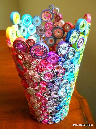35 DIY Creative Things That Can Be Done With Your Old Magazines_homesthetics (12)