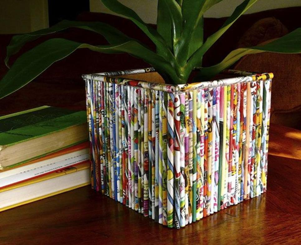 35 diy creative things that can be done with your old for Cool things to make out of recycled materials