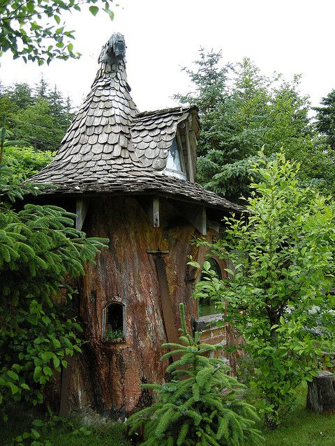 40 Storybook  Cottages Stolen From Fairytales (23)