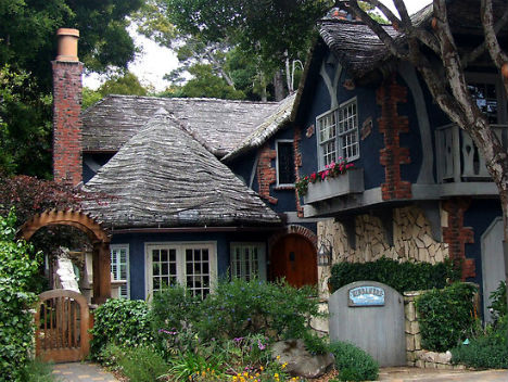 40 Storybook  Cottages Stolen From Fairytales (27)
