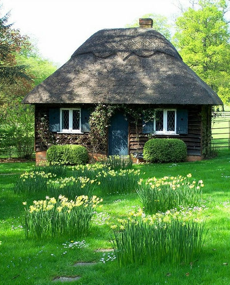 40 Storybook  Cottages Stolen From Fairytales (28)