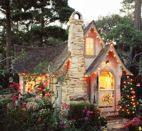 40 Storybook Cottages Stolen From Fairytales (29)