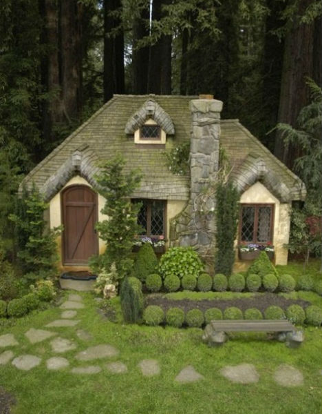 40 Storybook  Cottages Stolen From Fairytales (32)