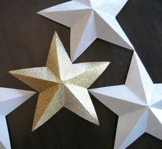 DIY Paper Art Projects - Learn How to Make 3D Paper Stars [Video Tutorial Included] homesthetics (6)