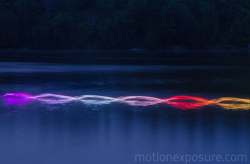 Motion Of Canoers And Kayakers Showcased Through LED Lighting In Long Exposure Photography (10)