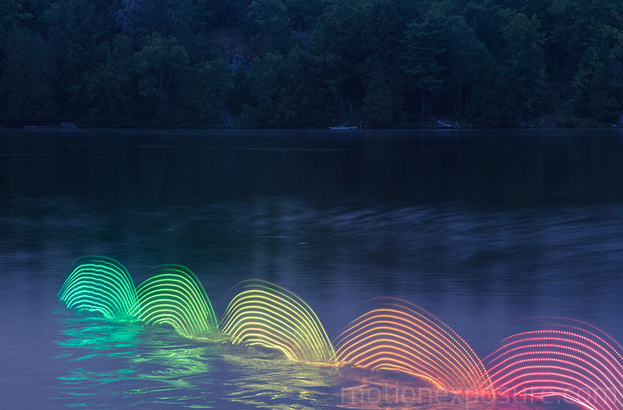 Motion Of Canoers And Kayakers Showcased Through LED Lighting In Long Exposure Photography (12)