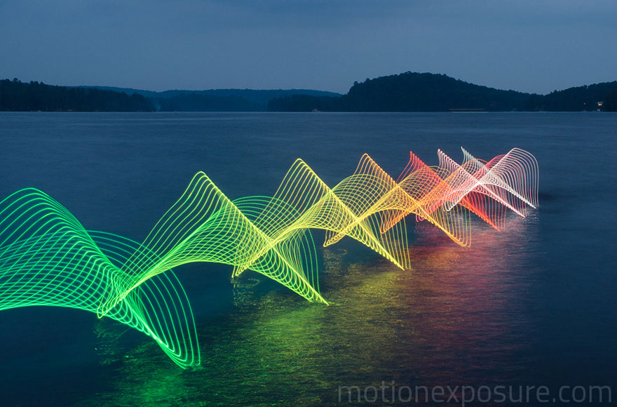 Motion Of Canoers And Kayakers Showcased Through LED Lighting In Long Exposure Photography (5)