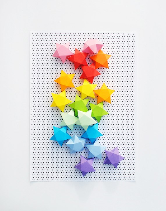 Rainbow DIY Paper Project Torn From The Sky - DIY Fold Lucky Paper Stars homesthetics (23)