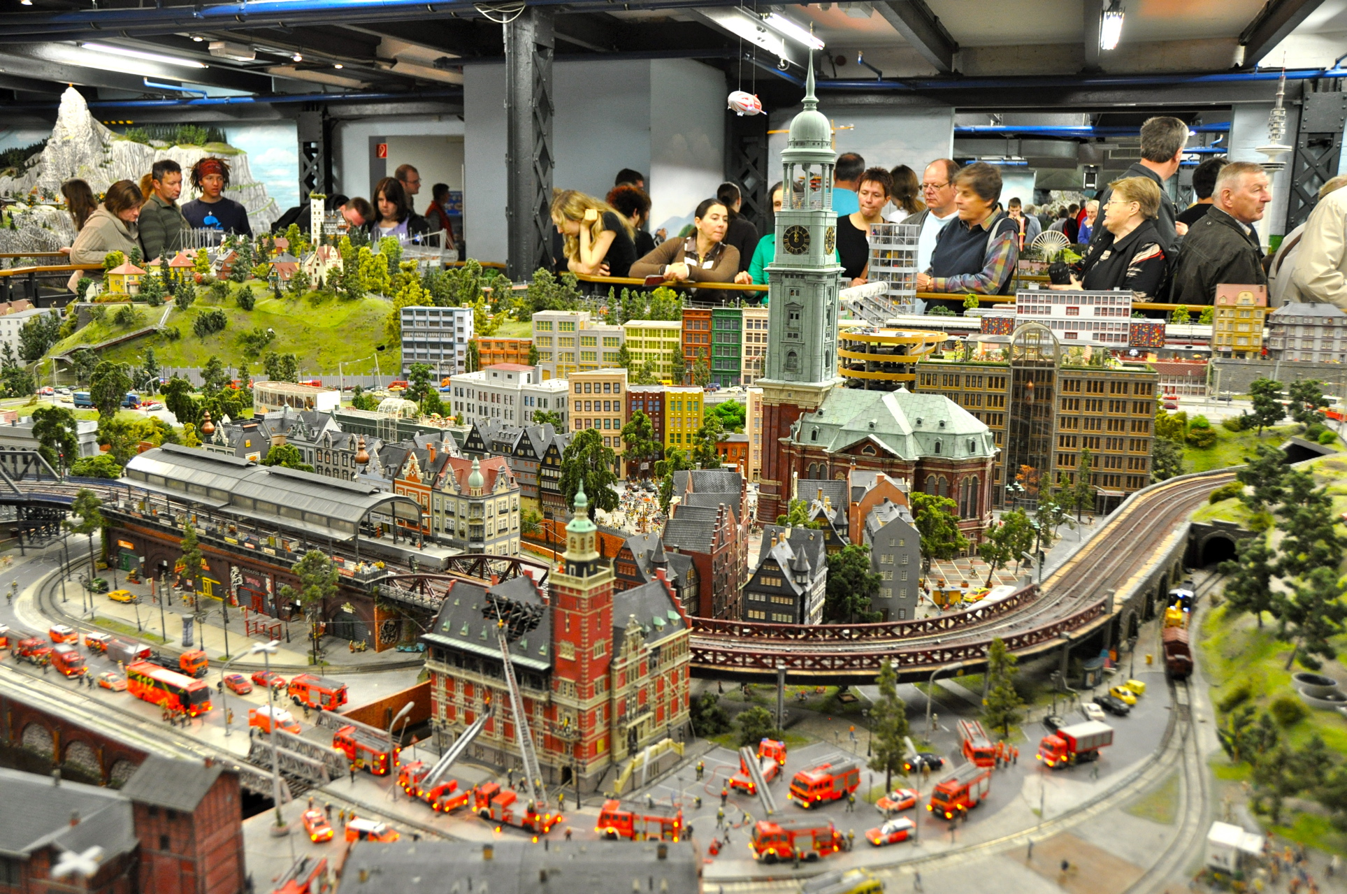 Surreal Miniatur Wunderland Comes To Life -homesthetics (3)