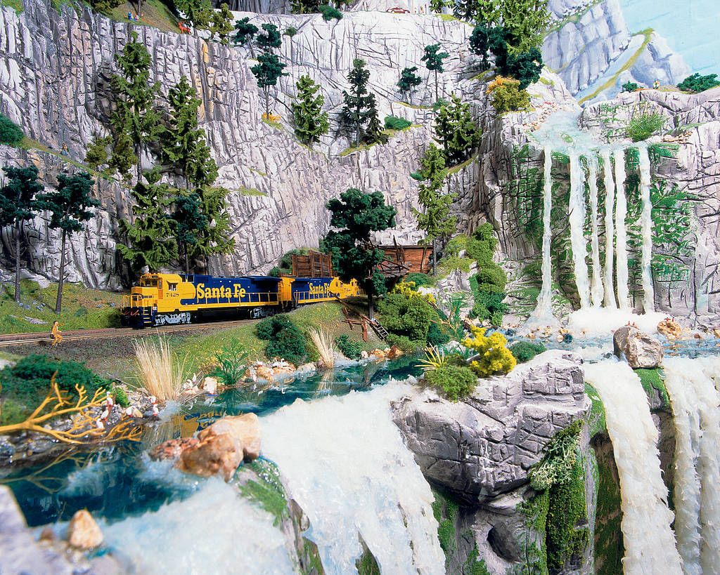 Surreal Miniatur Wunderland Comes To Life -homesthetics (4)