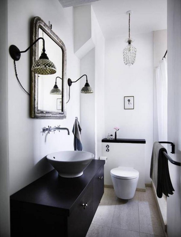 11 tricks on how to revamp your bathroom asap for Decoration toilette