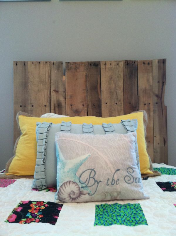 Pallet Rough DIY headboard