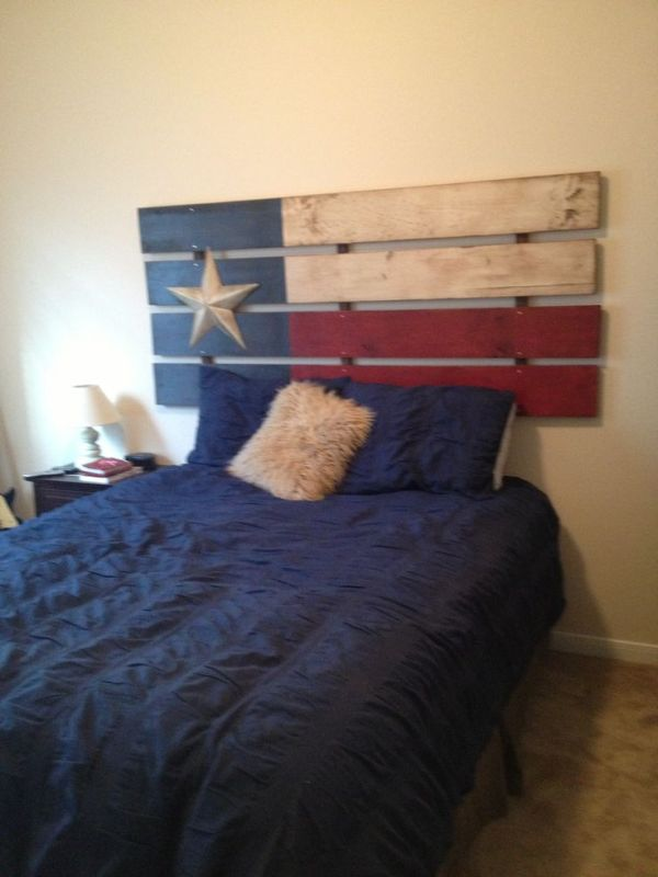 Wooden Pallet USA Flag Headboard