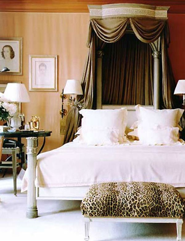 Royal Headboard Canopy Design