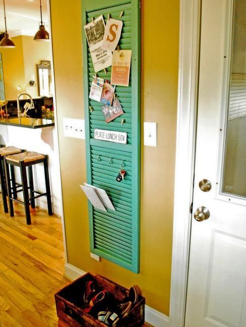 30 Fun Ideas On How To Recycle Doors-homesthetics.net (31)