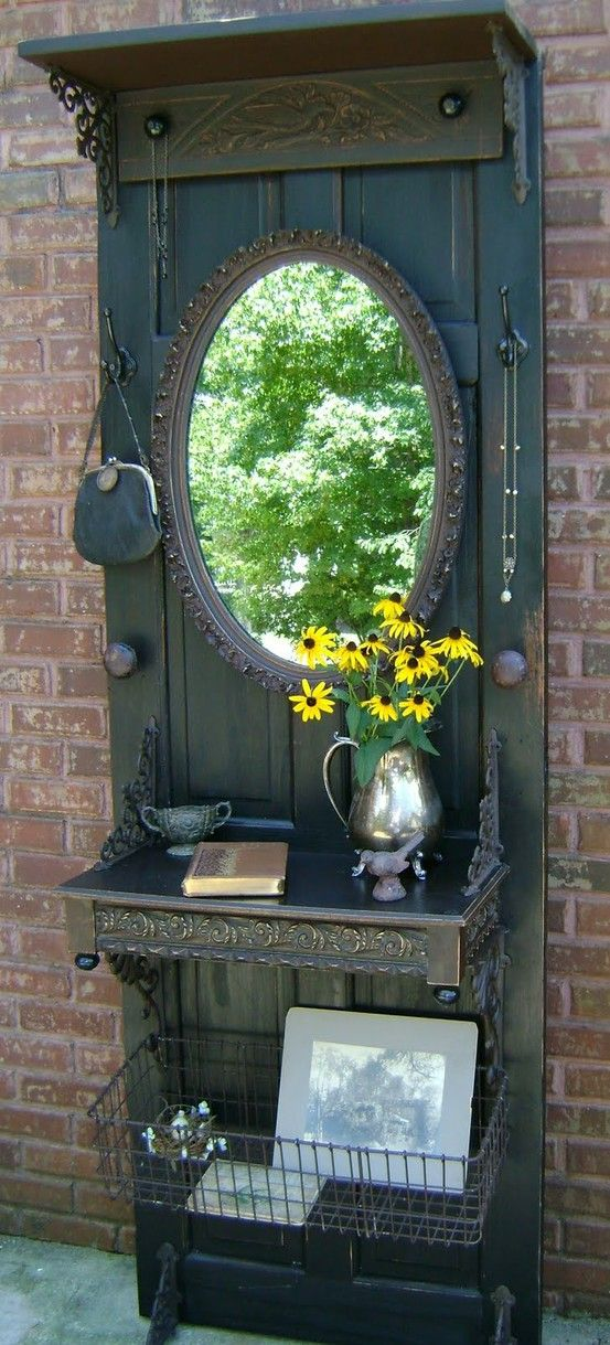 30 Fun Ideas On How To Recycle Doors-homesthetics.net (43)
