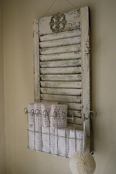 30 Fun Ideas On How To Recycle Doors-homesthetics.net (52)