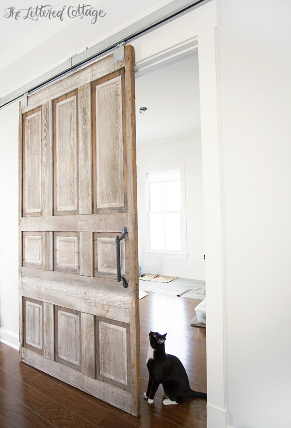 30 Fun Ideas On How To Recycle Old Doors-homesthetics.net (36)