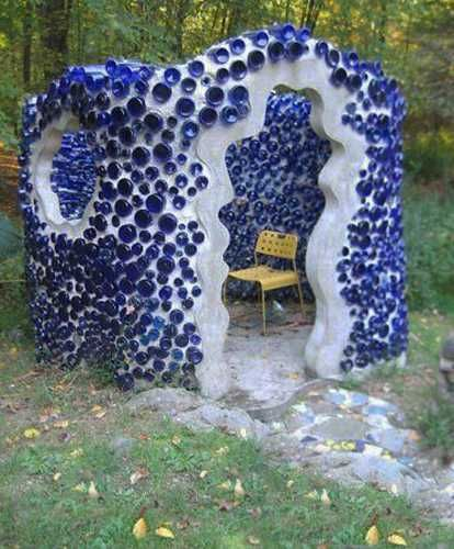 32 Insanely Beautiful Upcycling Projects For Your Home -Recycled Glass Bottle Projects homesthetics decor (24)