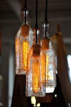32 Insanely Beautiful Upcycling Projects For Your Home -Recycled Glass Bottle Projects homesthetics decor (9)