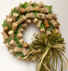 35 Clever and Creative DIY Cork Crafts That Will Enhance Your Decor Beautifully  homesthetics decor (16)