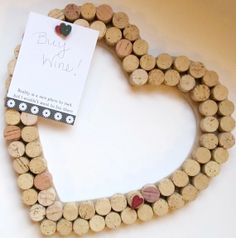 35 Clever and Creative DIY Cork Crafts That Will Enhance Your Decor Beautifully  homesthetics decor (19)