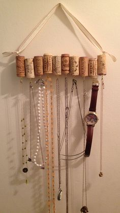35 Clever and Creative DIY Cork Crafts That Will Enhance Your Decor Beautifully  homesthetics decor (26)