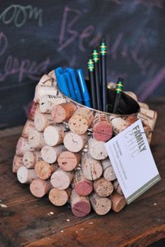 35 Clever and Creative DIY Cork Crafts That Will Enhance Your Decor Beautifully  homesthetics decor (4)