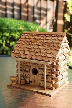 35 Clever and Creative DIY Cork Crafts That Will Enhance Your Decor Beautifully  homesthetics decor (5)
