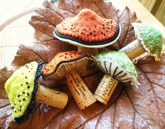 35 Clever and Creative DIY Cork Crafts That Will Enhance Your Decor Beautifully  homesthetics decor (7)
